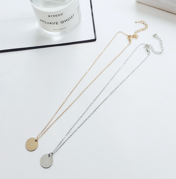 minimalist gold minimal necklace circle